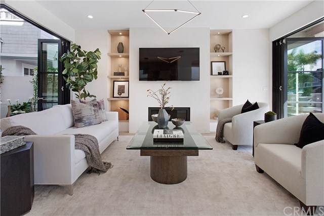 507 Carnation Avenue, Corona Del Mar, CA 92625 (#NP20001607) :: Sperry Residential Group