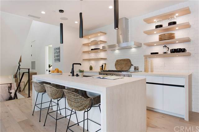 507-1/2 Carnation Avenue, Corona Del Mar, CA 92625 (#NP20003959) :: Sperry Residential Group
