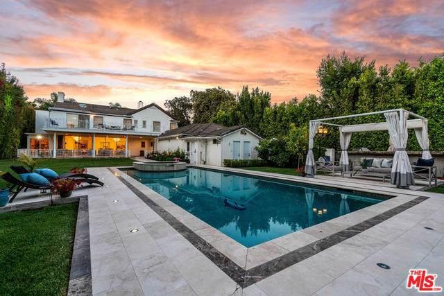 701 Trenton Drive, Beverly Hills, CA 90210 (#20545806) :: Crudo & Associates