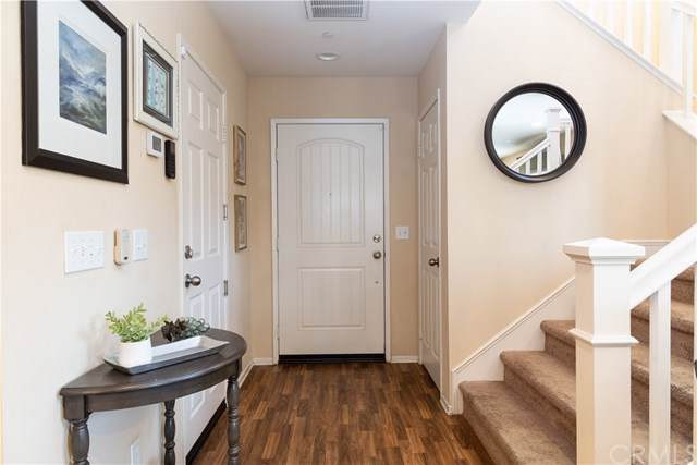 34273 Parkside Drive, Lake Elsinore, CA 92532 (#IG20013505) :: The Houston Team | Compass