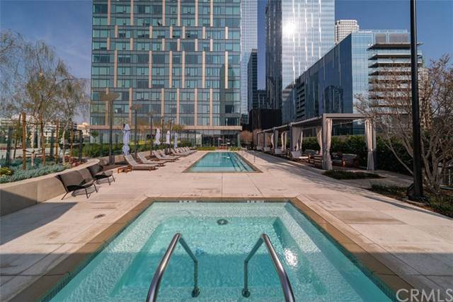 889 Francisco Street #702, Los Angeles (City), CA 90017 (#OC20013969) :: RE/MAX Estate Properties