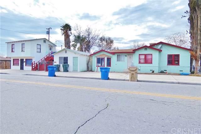 701 Woodrow Avenue, Bakersfield, CA 93308 (#SR20014290) :: The Najar Group
