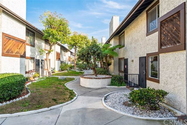 16136 Cornuta Avenue #112, Bellflower, CA 90706 (#PW20014510) :: The Costantino Group | Cal American Homes and Realty