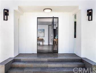 14310 Weddington Street, Sherman Oaks, CA 91401 (#PW20014666) :: Berkshire Hathaway Home Services California Properties