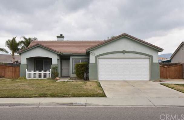 330 S Kirby Street, San Jacinto, CA 92582 (#SW20014496) :: The Brad Korb Real Estate Group