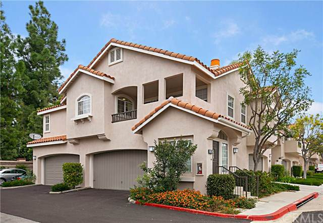 12665 Doral, Tustin, CA 92782 (#OC20013892) :: Fred Sed Group