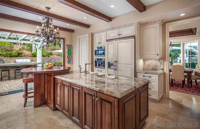 2428 Oak Canyon Place, Escondido, CA 92025 (#200003495) :: Sperry Residential Group