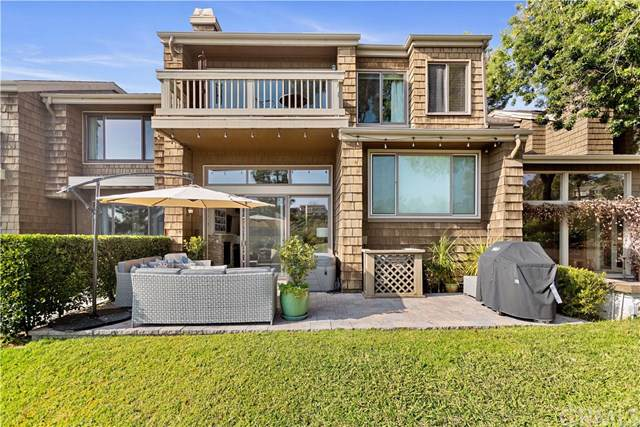 4 Sea Island Drive, Newport Beach, CA 92660 (#TR20013900) :: Sperry Residential Group