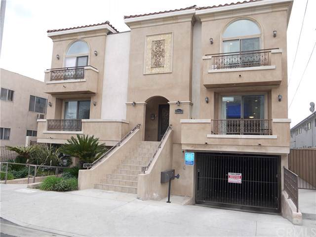 5254 Corteen Place #10, Valley Village, CA 91607 (#BB20014710) :: RE/MAX Estate Properties