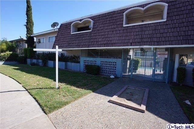2025 Las Vegas Avenue #10, Pomona, CA 91767 (#320000284) :: Cal American Realty