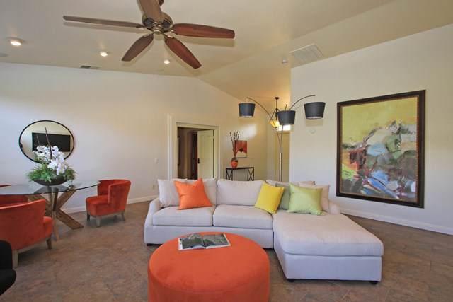 92 Hudson Court, Palm Desert, CA 92211 (#219037372DA) :: Cal American Realty