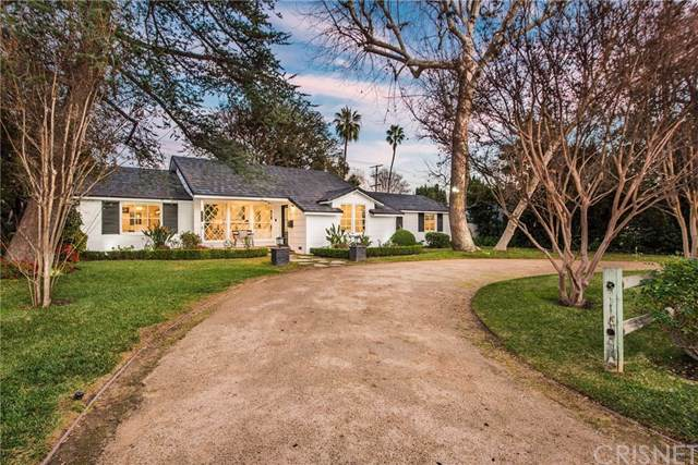 4450 Gentry Avenue, Studio City, CA 91607 (#SR19287163) :: RE/MAX Estate Properties