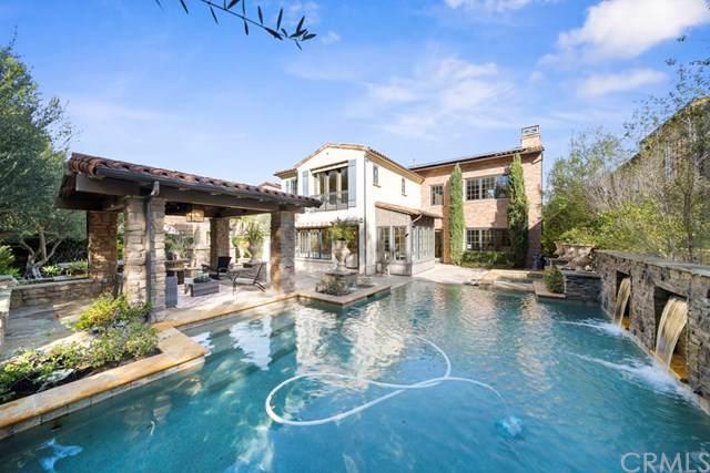 28 Woods Trail, Irvine, CA 92603 (#OC20015439) :: RE/MAX Estate Properties