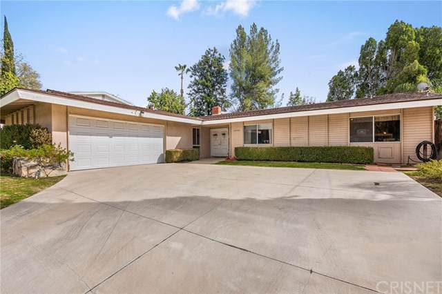 22526 Liberty Bell Road, Calabasas, CA 91302 (#SR20015786) :: Fred Sed Group