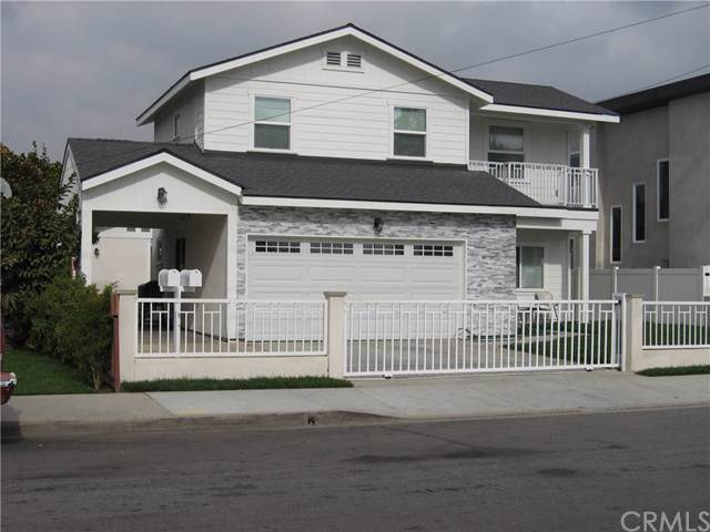 8815-8815 1/2 Dunbar Street, Bellflower, CA 90706 (#RS20015788) :: The Parsons Team