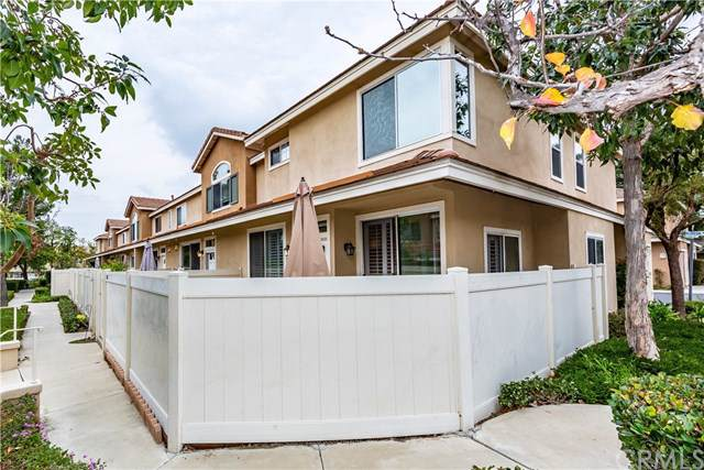 907 S Appaloosa Way, Anaheim Hills, CA 92808 (#PW20015381) :: RE/MAX Innovations -The Wilson Group