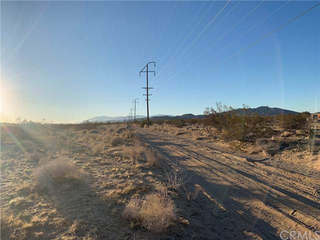 0 Mojave Ranch Road, Joshua Tree, CA 92252 (#JT20015918) :: Z Team OC Real Estate