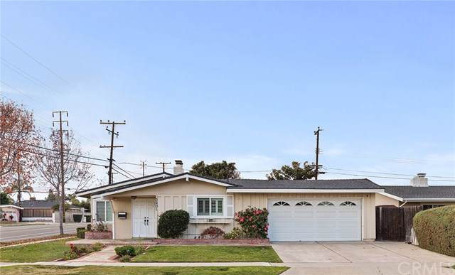3201 Dakota Avenue, Costa Mesa, CA 92626 (#NP20015991) :: Laughton Team | My Home Group