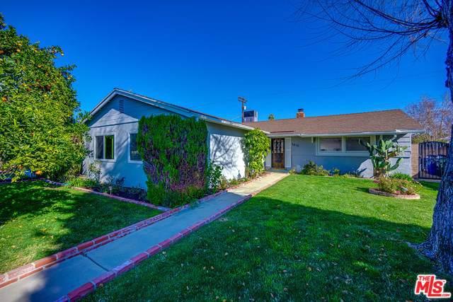 7410 Shoup Avenue, Canoga Park, CA 91307 (#20546852) :: Sperry Residential Group