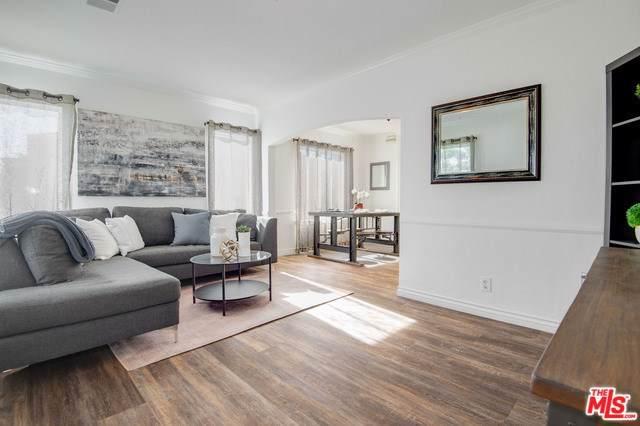 2815 S Holt Avenue, Los Angeles (City), CA 90034 (#20546838) :: RE/MAX Estate Properties