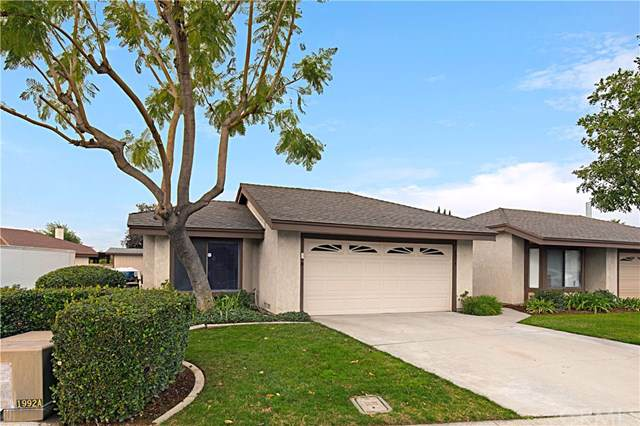 2974 Hyde Park Circle, Riverside, CA 92506 (#IV20016330) :: The DeBonis Team