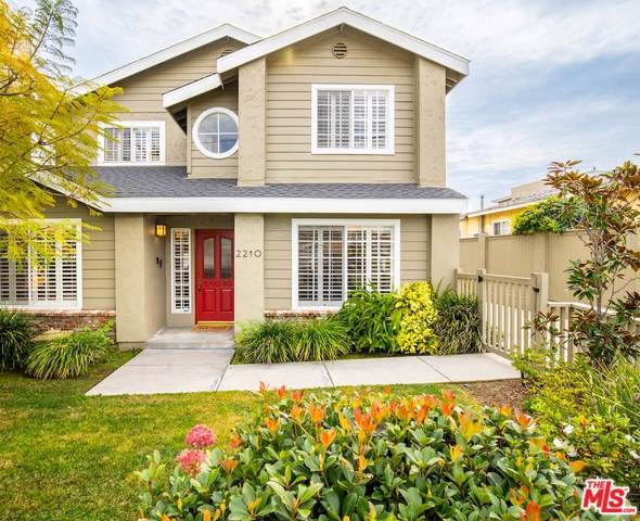 2210 Harriman Lane A, Redondo Beach, CA 90278 (#20544094) :: Go Gabby