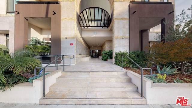 118 S Kenwood Street #104, Glendale, CA 91205 (#20546638) :: RE/MAX Estate Properties