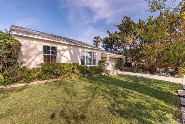 16931 Bassett Street, Lake Balboa, CA 91406 (#SR20016647) :: Team Tami