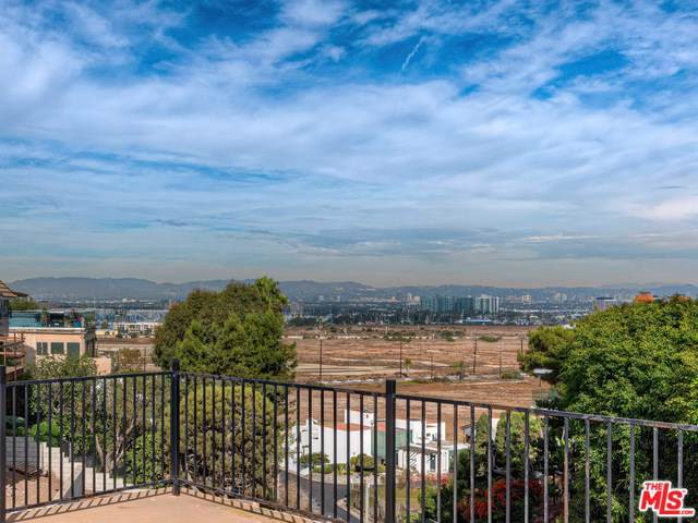 8180 Billowvista Drive, Playa Del Rey, CA 90293 (#20547020) :: RE/MAX Estate Properties