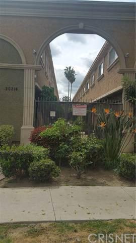 20214 Cohasset Street #8, Winnetka, CA 91306 (#SR20016693) :: Twiss Realty