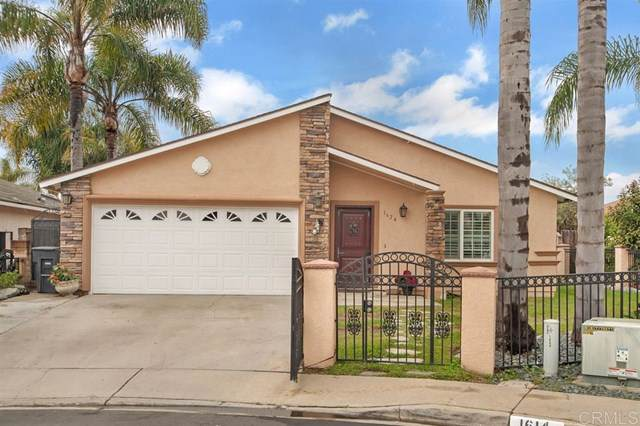 1624 Hartwell Ct, San Diego, CA 92114 (#200003876) :: The Bashe Team