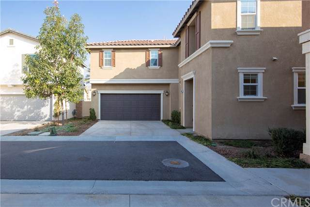 13067 Sugarloaf Dr, Eastvale, CA 92880 (#OC20015880) :: Rogers Realty Group/Berkshire Hathaway HomeServices California Properties