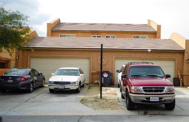 13811 Luis Dr. Drive, Desert Hot Springs, CA 92240 (#219037503PS) :: The Bashe Team