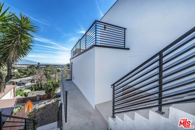 5136 E La Calandria Way, Los Angeles (City), CA 90032 (#20547176) :: Sperry Residential Group
