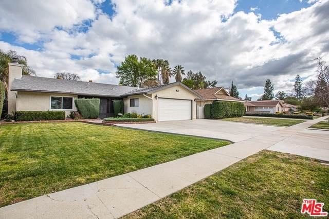 7656 Capistrano Avenue, West Hills, CA 91304 (#20546798) :: Sperry Residential Group