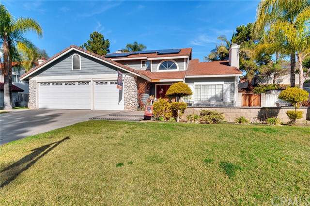 266 Gracefield Way, Riverside, CA 92506 (#IV20015532) :: The DeBonis Team