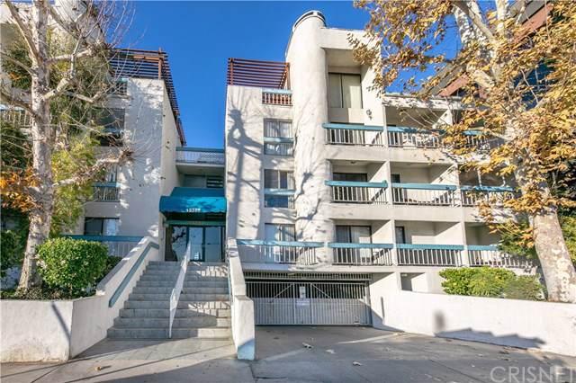 15325 Magnolia Boulevard #203, Sherman Oaks, CA 91403 (#SR20016235) :: The Najar Group