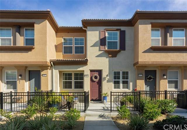 40273 Calle Real, Murrieta, CA 92563 (#SW20017098) :: Crudo & Associates