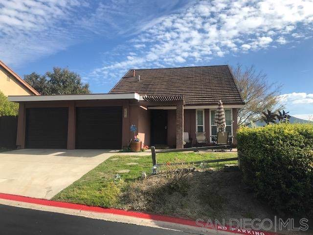 3003 Rockdale Ln, Spring Valley, CA 91977 (#200003993) :: Sperry Residential Group