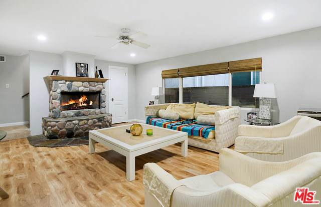 1740 Harper Avenue, Redondo Beach, CA 90278 (#20547410) :: Go Gabby
