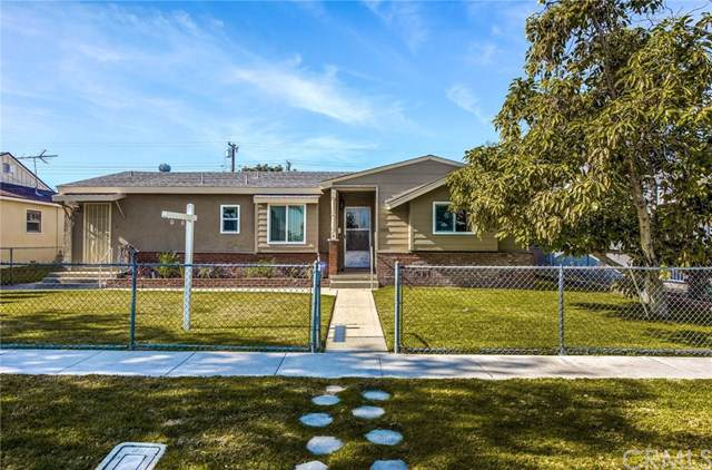 1001 S Pine Drive, Fullerton, CA 92833 (#PW20017670) :: The Najar Group