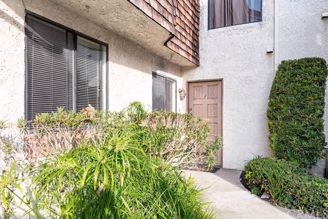 950 W Lambert Road #4, La Habra, CA 90631 (#PW20017662) :: The Najar Group