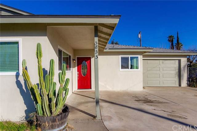 5855 Elmwood Road, San Bernardino, CA 92404 (#IG19286205) :: Better Living SoCal