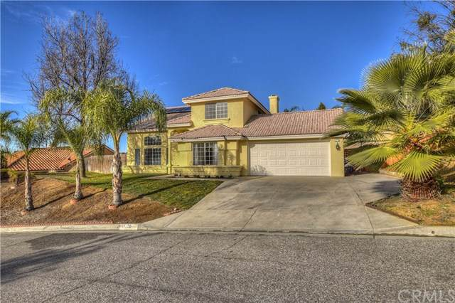 12220 Vista Crest Drive, Yucaipa, CA 92399 (#IV20015148) :: Frank Kenny Real Estate Team