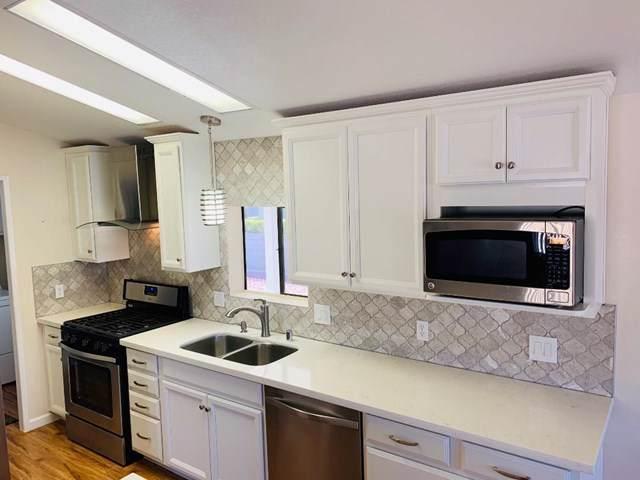 69525 Dillon Road #101, Desert Hot Springs, CA 92241 (#219037627DA) :: Frank Kenny Real Estate Team