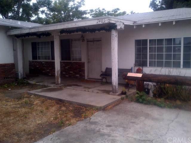 7401 Katella Avenue, Stanton, CA 90680 (#RS20017946) :: The Bashe Team