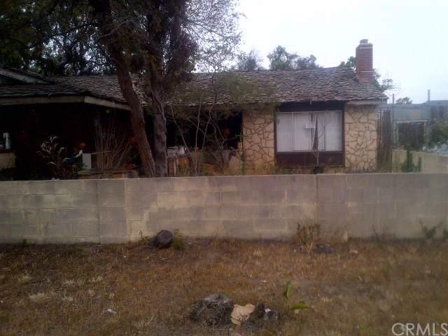 7421 Katella Avenue, Stanton, CA 90680 (#RS20017956) :: Go Gabby