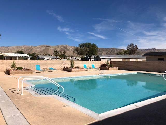 69525 Dillon Road #40, Desert Hot Springs, CA 92241 (#219037634PS) :: Frank Kenny Real Estate Team