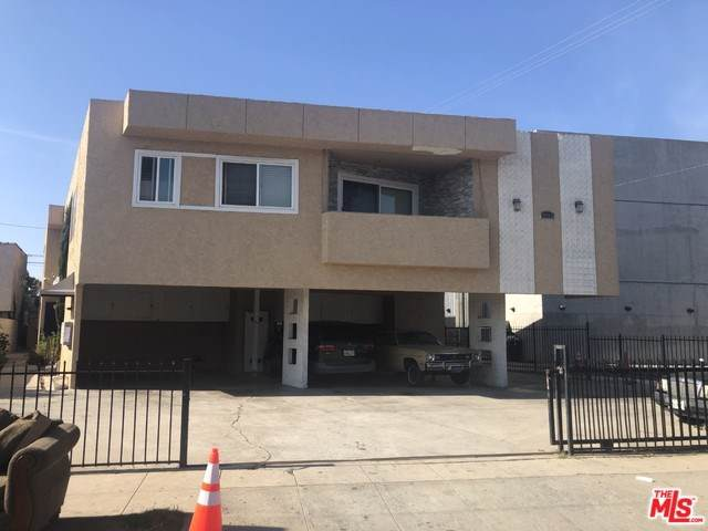 1911 S Palm Grove Avenue, Los Angeles (City), CA 90016 (#20547498) :: Twiss Realty