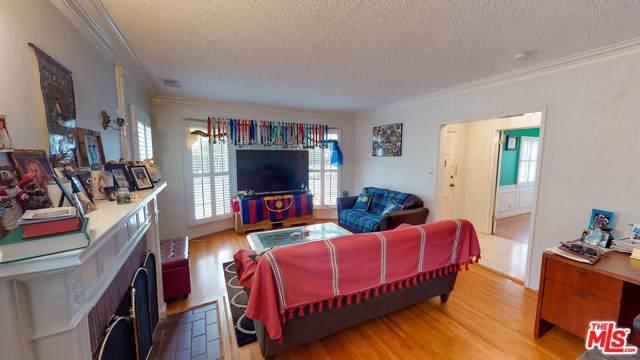 1789 S Fairfax Avenue, Los Angeles (City), CA 90019 (#20547698) :: RE/MAX Estate Properties
